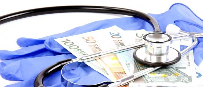 Grote financiële risico's bGrote financiële risico's bij goedkope zorgverzekeringenn